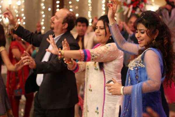 Black Home Raju Kher Neelu Kohli Simran Sehmi Dance Stills