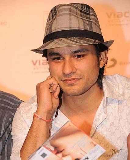 Blood Money Star Cast Kunal Khemu