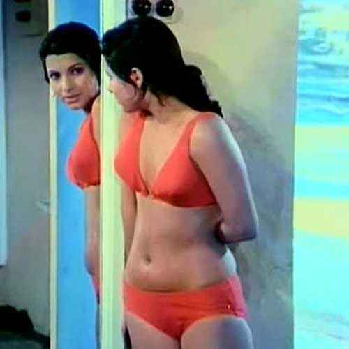 Bobby Dimple Kapadia Boobs Stills