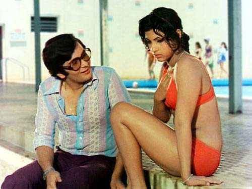 Bobby Rishi Kapoor Dimple Kapadia Hot Bikini Scene Stills