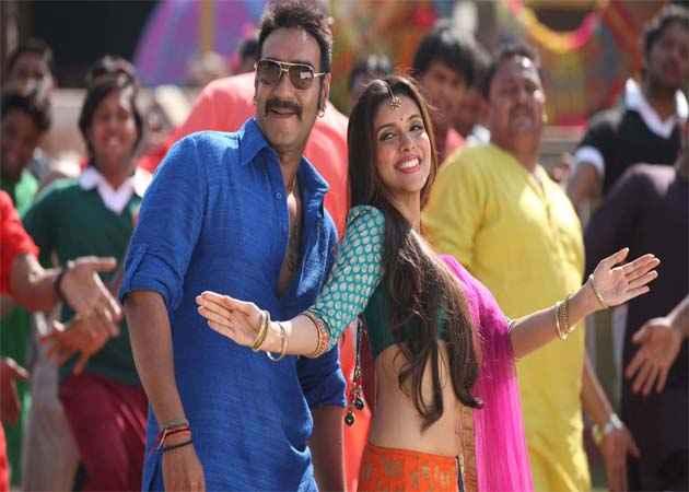 Bol Bachchan Ajay Devgan Asin Dance Stills