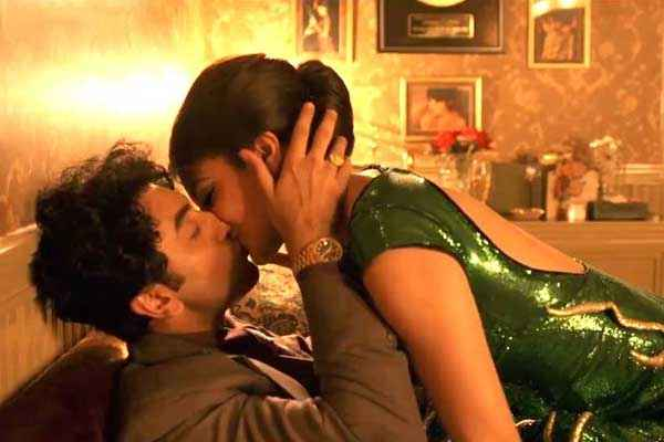 Bombay Velvet Ranbir Kapoor Anushka Sharma Kissing Scene Stills