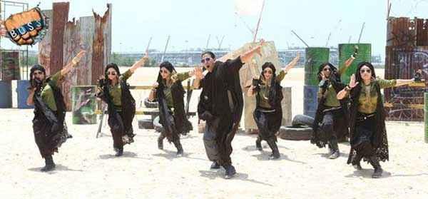 Boss Akshay Kumar Dance Pics Stills