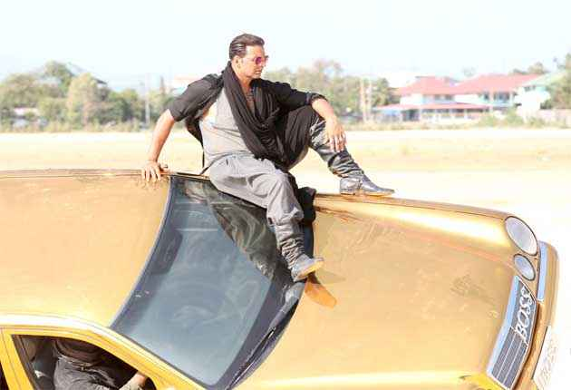 Boss Akshay Kumar On Car Action Stills