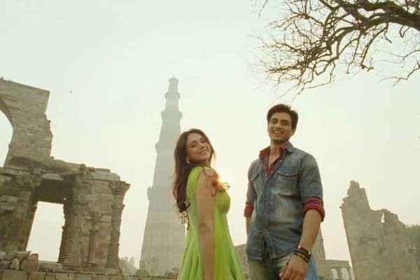 Boss Shiv Pandit Aditi Rao Hydari Romance Stills