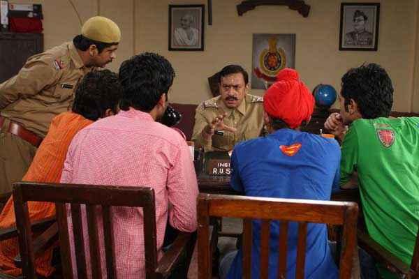 Boyss Toh Boyss Hain Gulshan Grover Police Station Scene Stills