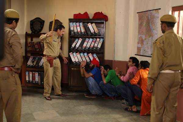 Boyss Toh Boyss Hain Police Station Scene Stills
