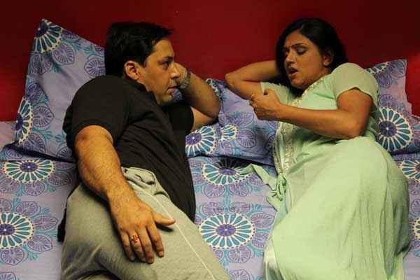 Chand Ke Pare Bed Scene Stills