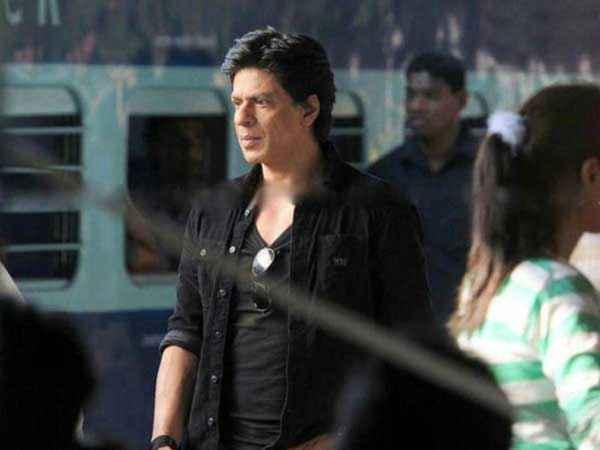 Chennai Express Shahrukh Khan Pics Stills