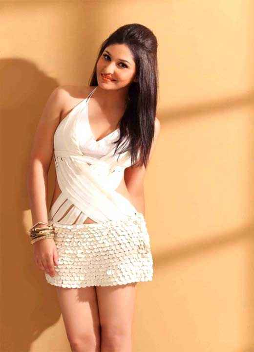 Commando 2013 Star Cast Pooja Chopra