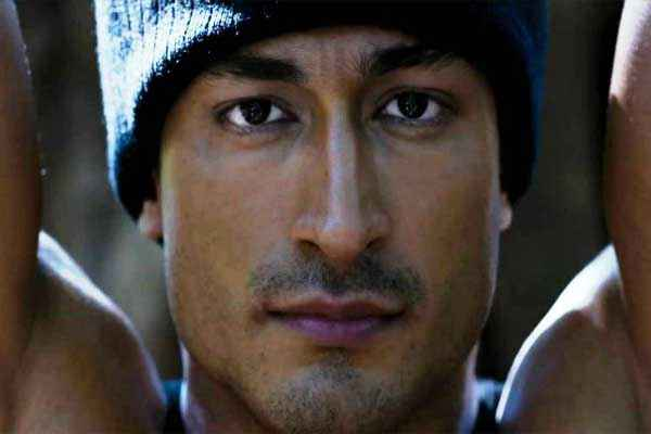 Commando 2013 Vidyut Jamwal Hot Pics Stills
