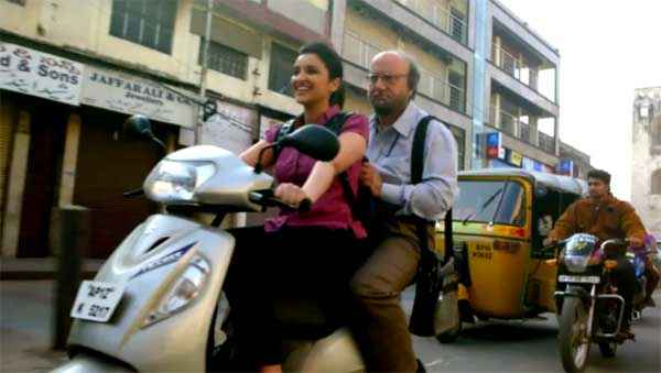 Daawat E Ishq Parineeti Chopra Anupam Kher On Scooter Stills