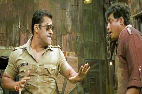 Dabangg 2 Salman Khan in Fight Scene Stills