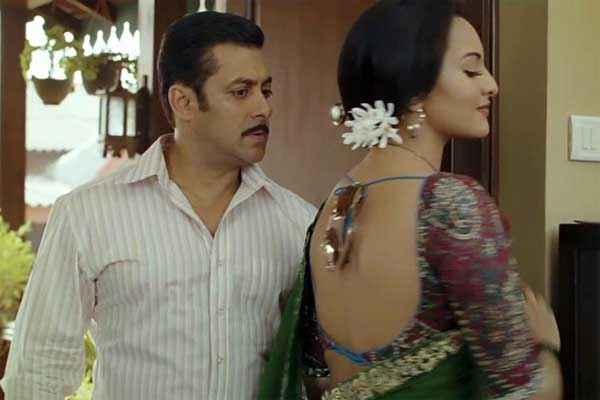 Dabangg 2 Sonakshi Sinha with Salman Khan Stills