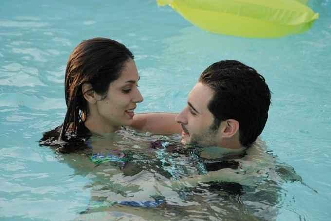 Dangerous Husn Daniel Weber Bruna Abdullah Romantic Scene Stills