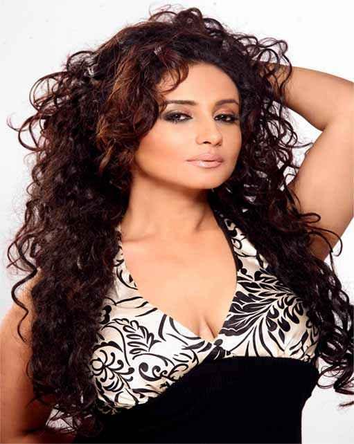 Dangerous Ishq Star Cast Divya Dutta