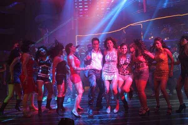 Dee Saturday Night Aman Verma Dance Stills