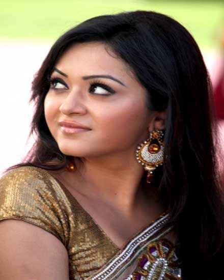 Dehraadun Diary Star Cast Ragini Nandwani