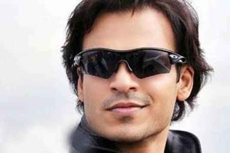 Dekh Indian Circus Star Cast Vivek Oberoi
