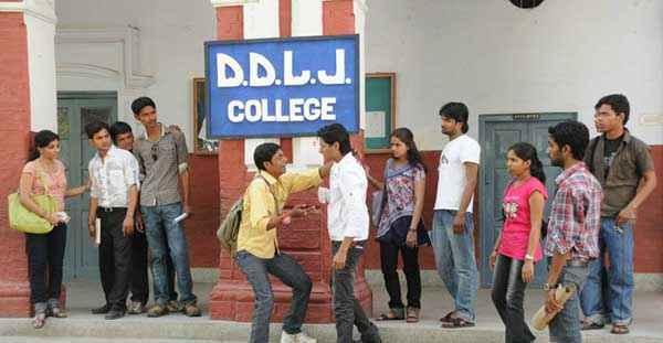 Dekha Jo Pehli Baar Image Stills