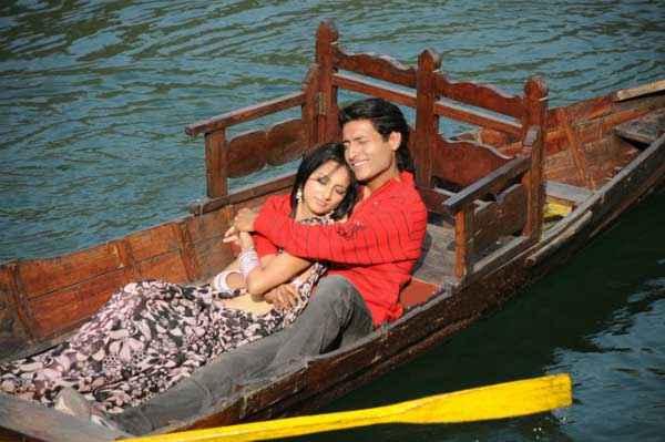 Dekha Jo Pehli Baar Shahnawaz Khan Kanika Kotnala Romance Stills