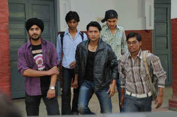 Dekha Jo Pehli Baar Shahnawaz Khan With Friends Stills
