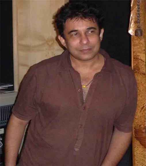 Department Star Cast Deepak Tijori