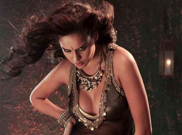 Department Hot Scene Nathalia Kaur Stills