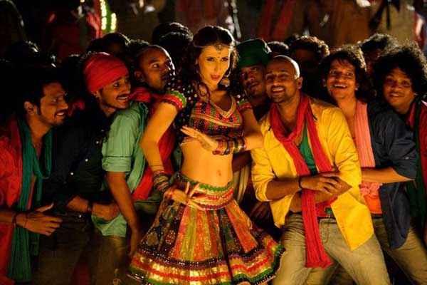 Desi Kattey Item Song Stills