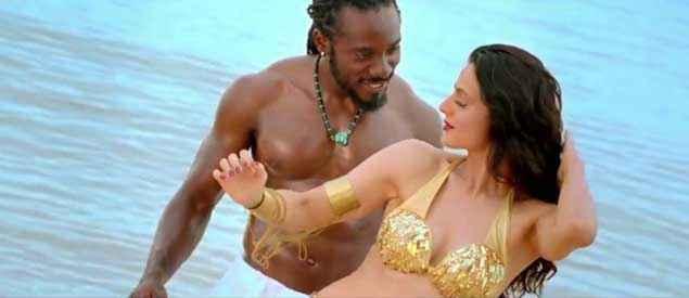 Desi Magic Amisha Patel Boobs Cleavage Stills