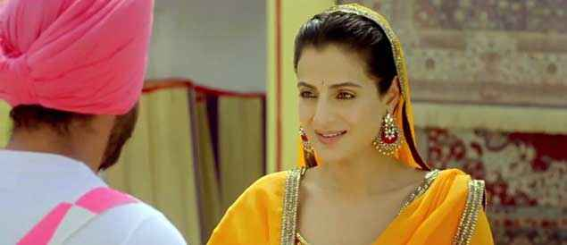 Desi Magic Amisha Patel In Yellow Dress Stills