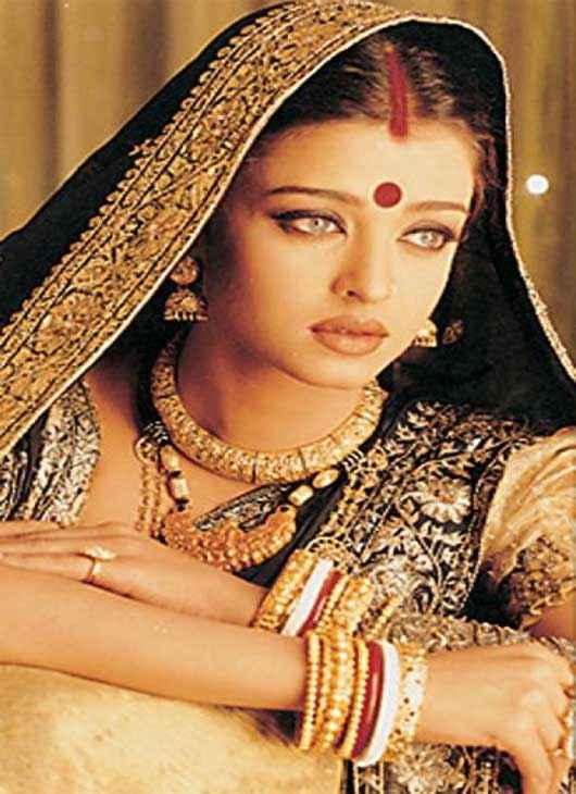 Devdas (2002) Star Cast Aishwarya Rai