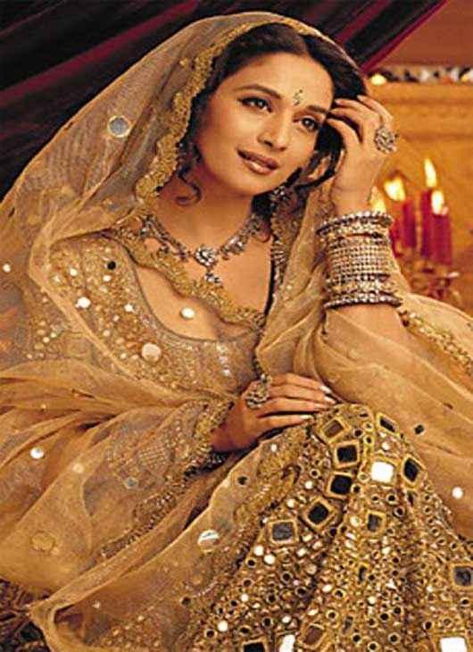 Devdas (2002) Star Cast Madhuri Dixit