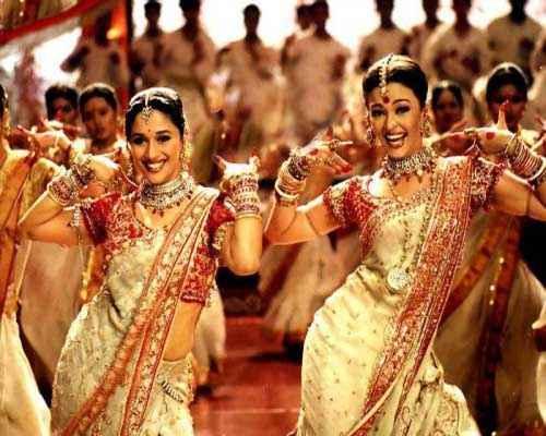 Devdas (2002) Aishwarya Rai Madhuri Dixit Pics Stills