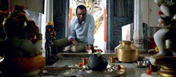 Dharam Sankat Mein Paresh Rawal In Temple Stills