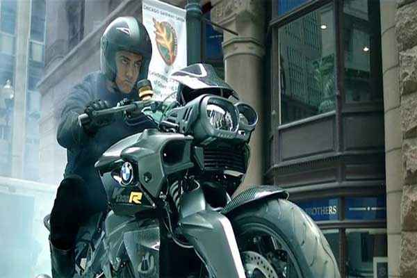Dhoom 3 Aamir Khan Bike Scene Stills