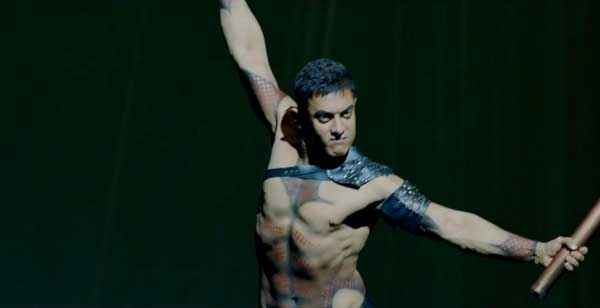 Dhoom 3 Aamir Khan Body Action Stills - 7225 | 23 out of ...