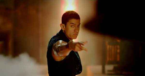 Dhoom 3 Aamir Khan Dangerous Scene Stills