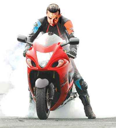 Dhoom 3 Aamir Khan Stills