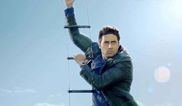 Dhoom 3 Abhishek Bachchan Action Stills