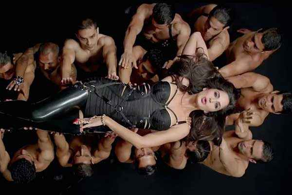 Dhoom 3 Katrina Kaif Dhoom Machale Dhoom Song Hot Scene Stills