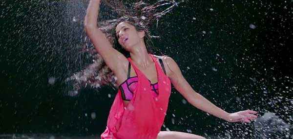 Dhoom 3 Katrina Kaif Hot Red Dress Stills