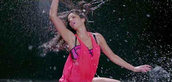 Dhoom 3 Katrina Kaif Hot Red Dress Stills
