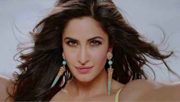 Dhoom 3 Katrina Kaif Sexy Picture Stills