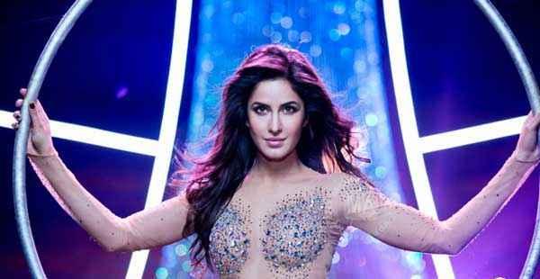 Dhoom 3 Katrina Kaif Sexy Wallpaper Stills