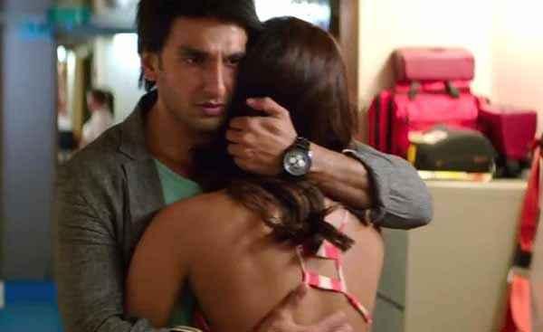Dil Dhadakne Do Anushka Sharma Ranveer Singh Hugging  Stills