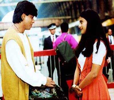 Dilwale Dulhaniya Le Jayenge Shah Rukh Khan Kajol Pics Stills