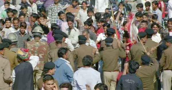 Dirty Politics Crowd Stills