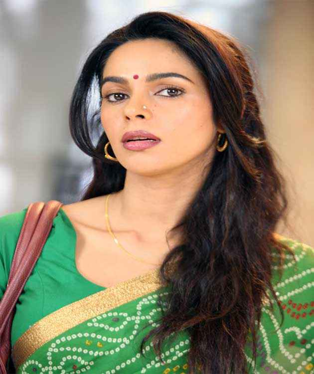 Dirty Politics Mallika Sherawat HD Wallpaper Stills