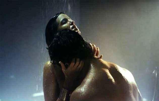 Dishkiyaoon Harman Baweja Ayesha Khanna Hot Scene Stills